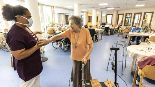Interactive robots shown to reduce loneliness in UK care home patients, study reveals