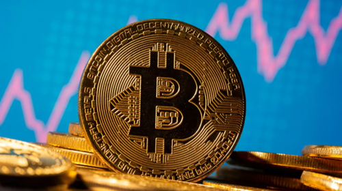 British investors flock to invest in Bitcoin amid Brexit fears, Sterling weakness